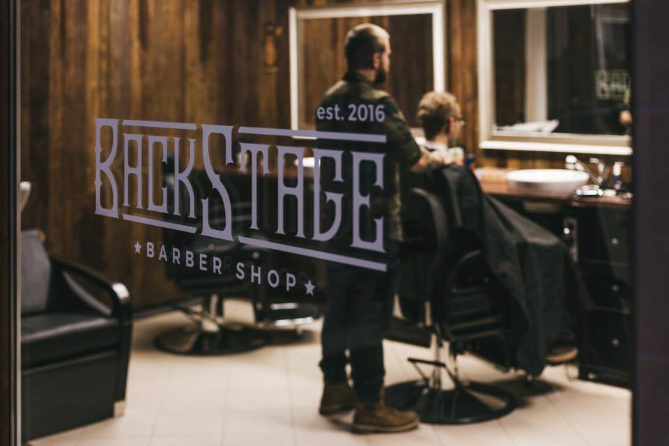 Polep výloh – BackStage Barber Shop